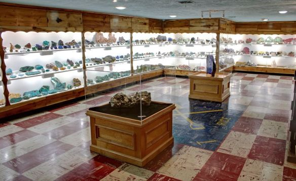 colorado gemstone map with Exhibits on Exhibits likewise Scarves likewise Spor Mountains further Wygmstn blogspot as well Jade How To Find This Extraordinary.