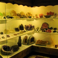 Rice Northwest Rock and Mineral Museum - Geodes.