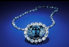 Hope Diamond nmnh_objects2.jpg